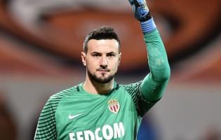 Danijel Subasic é campeão e eleito melhor guarda-redes da Ligue 1 pelo AS Monaco