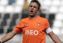 Quim e Marco Pinto renovam pelo CD Aves
