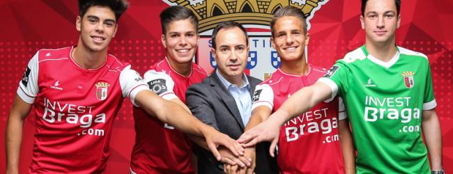 Rogério Santos assina contrato profissional com o SC Braga aos dezoito anos
