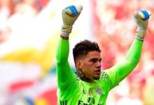 Jan Oblak e Ederson Moraes: baliza do SL Benfica rendeu 56 milhões em três anos