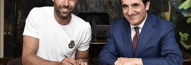 Salvatore Sirigu assina pelo Torino FC