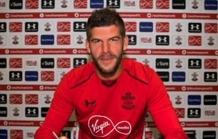 Fraser Forster renova pelo Southampton FC