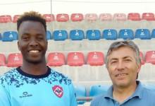 Kadú Monteiro assina pela UD Oliveirense