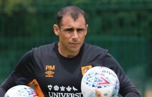 Pat Mountain: substituído por Rui Barbosa sucede Hugo Oliveira no Hull City FC