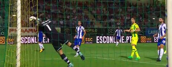 Iker Casillas provoca perigo mas termina jogo a evitar dois golos – CD Tondela 0-1 FC Porto