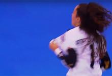 Ana Catarina Pereira marca dois golos de baliza a baliza e faz várias defesas para dar Supertaça ao SL Benfica