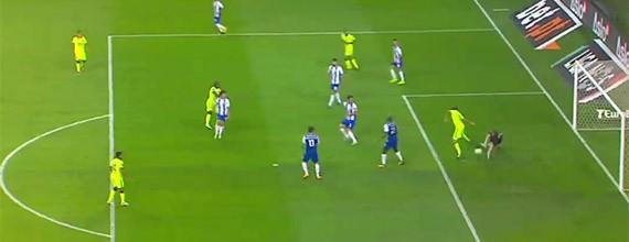 Iker Casillas brilha em defesa e continua sem sofrer em 2017/2018 à quinta jornada – FC Porto 3-0 GD Chaves