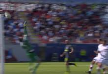 Samir Handanovic vale pontos em várias defesas contra FC Crotone (2-0), e Bologna FC (1-1)