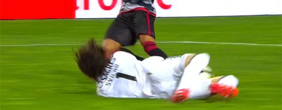 Mile Svilar estreia-se com destaque em duas defesas – SC Olhanense 0-1 SL Benfica