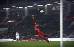 Alban Lafont e Thomas Didillon fecham balizas com defesas vistosas no FC Toulouse 0-0 FC Metz