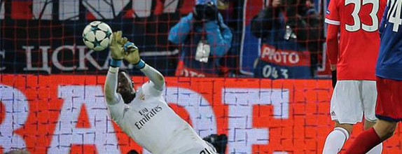 Bruno Varela evita dois golos em defesas de qualidade – CSKA 2-0 SL Benfica