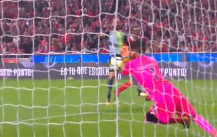 Cristiano Figueiredo em cinco defesas no SL Benfica 2-0 Vitória FC