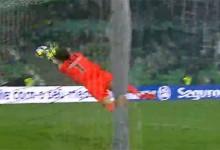 Douglas Jesus ganha três pontos em três defesas – Rio Ave FC 0-1 Vitória SC