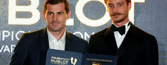Iker Casillas vence prémio Golden Foot