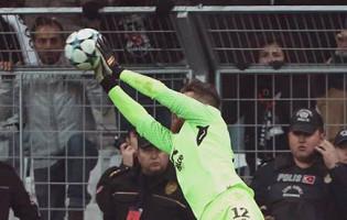 José Sá garante empate em quatro defesas – Besiktas 1-1 FC Porto