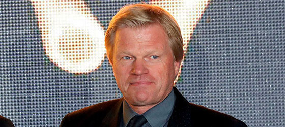 Oliver Kahn eleito Football Legend no Golden Foot'2017