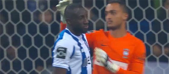 Charles Marcelo erra várias vezes e impede um golo – FC Porto 3-1 CS Marítimo