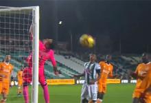 Cristiano Figueiredo destaca-se em duas defesas antes de sofrer – Vitória FC 0-5 FC Porto
