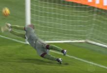 Vanja Milinkovic defende penalti entre outras intervenções – AS Roma 1-2 Torino FC