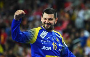 Arpad Sterbik: interrompeu férias, jogou sem treinar e foi decisivo para conquista do Europeu