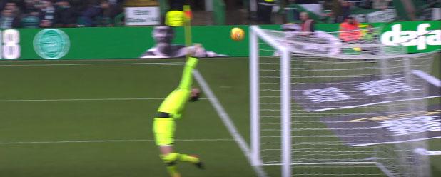Craig Gordon espetacular em duas defesas no Celtic FC 0-0 Rangers FC