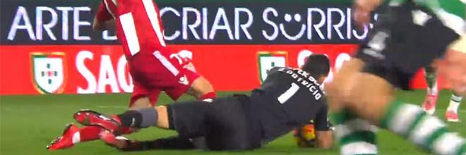 Rui Patrício constrói vitória com duas antecipações no um-para-um – Sporting CP 3-0 CD Aves