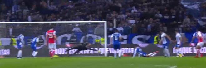José Sá com defesa de qualidade após intervenção de intuição – FC Porto 3-1 SC Braga