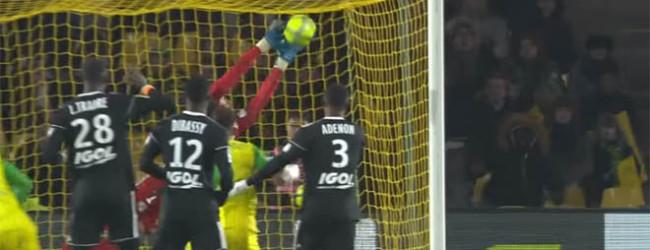 Régis Gurtner significa vitória com defesas vistosas – FC Nantes 0-1 Amiens SC