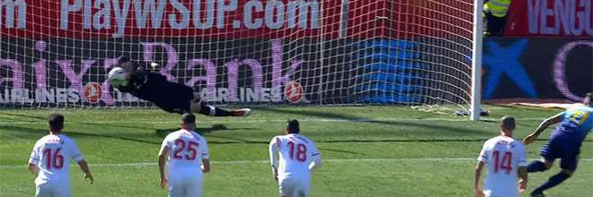 Sergio Rico defende penalti entre defesas vistosas – Sevilla FC 1-0 Girona FC