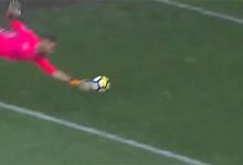 Cristiano Figueiredo em duas defesas de qualidade – CS Marítimo 4-2 Vitória FC
