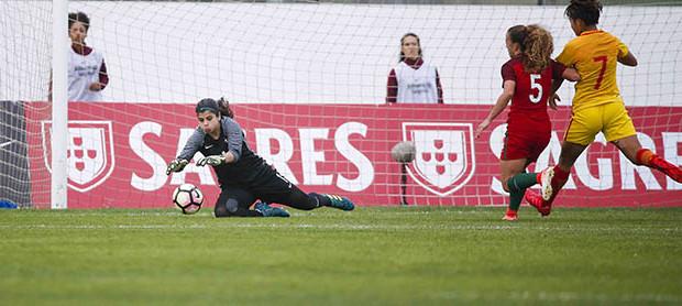 Inês Pereira fecha segunda baliza de Portugal na Algarve Cup e é a menos batida da prova
