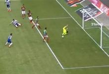 Amir Abedzadeh defende com dificuldade antes de erro e expulsão – CS Marítimo 0-1 FC Porto