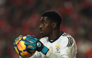 Bruno Varela batido ao fim de quatro jogos sem sofrer pelo SL Benfica