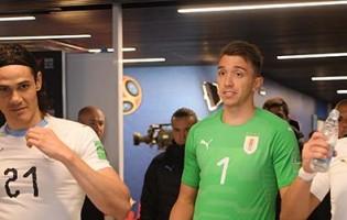 Fernando Muslera iguala recorde Uruguaio em Mundiais na sua sétima fase final