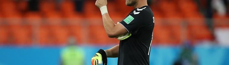 Kasper Schmeichel abre Mundial'2018 com baliza virgem e a bater recorde de Peter Schmeichel
