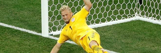 Kasper Schmeichel defende penalti aos 115′ e mais dois na decisão e eliminação da Dinamarca no Mundial'2018