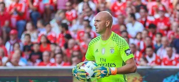 Paulo Lopes retira-se aos 40 anos e assume treino de guarda-redes sub-23 do SL Benfica