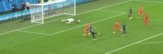 Thibaut Courtois destaca-se em duas defesas na eliminação da Bélgica nas meias-finais do Mundial'2018