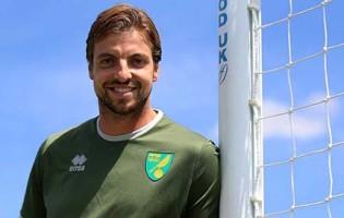 Tim Krul assina pelo Norwich City FC