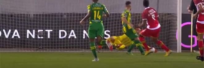 Cláudio Ramos aparece em quatro intervenções e dita empate aos 86′ – CD Aves 2-2 CD Tondela