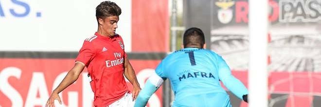 João Godinho é o guarda-redes mais ativo na Segunda Liga com dezoito defesas em três jornadas