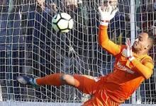 Charles Marcelo defende três penaltis e leva CS Marítimo a passar na Taça de Portugal