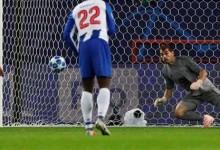 Iker Casillas defende penalti na 100ª vitória na Champions e é o segundo com mais defesas dos onze metros – Lokomotiv 1-3 FC Porto