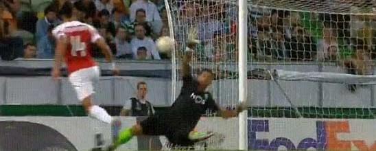 Renan Ribeiro estreia-se em jogos da UEFA com várias defesas – Sporting CP 0-1 Arsenal FC