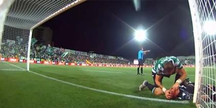 Romain Salin chocou com o poste, ficou inanimado e Sebastián Coates salvou-lhe a vida – Portimonense SC 4-2 Sporting CP