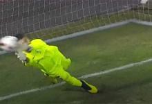 Amir Abedzadeh defende grande penalidade – CS Marítimo 0-2 FC Porto
