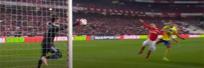Mile Svilar possibilita vitória após defesa vistosa – SL Benfica 2-1 FC Arouca
