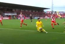 André Ferreira evita dois golos no um-para-um e ainda desvia outro – CD Aves 2-3 CD Nacional
