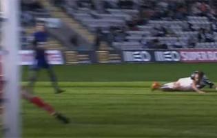 Daniel Guimarães dá nas vistas em quatro defesas – CD Nacional 2-0 GD Chaves