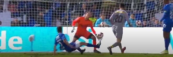Mika Domingues faz um espetáculo de defesas no final – Os Belenenses 1-2 FC Porto